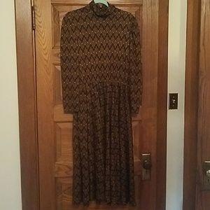 Vintage Long Sleeve Patterned Dress Medium